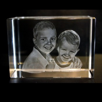 3D Mira Crystal Engraved Picture 90 x 60 x 60mm)